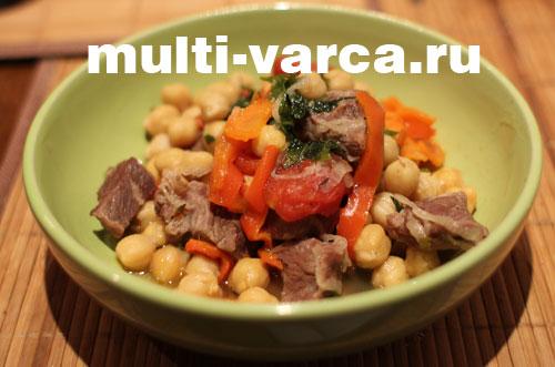 Мясо с нутом и овощами в мультиварке Moulinex