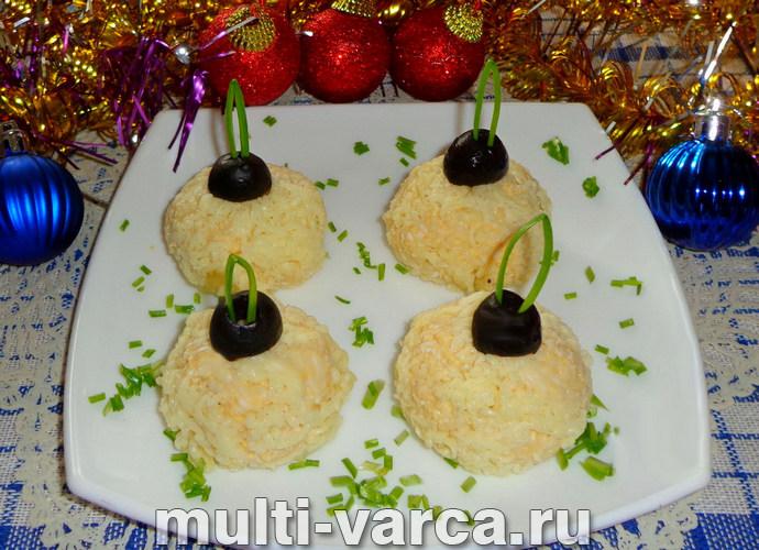 """Как приготовить вкусную праздничную закуску """"Елочные шары"""" из печени трески с яйцом"""
