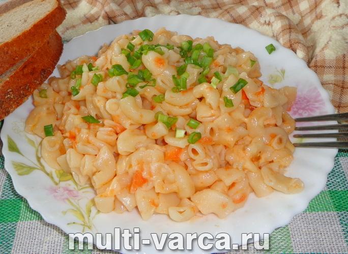 Макароны с помидорами и сыром в мультиварке