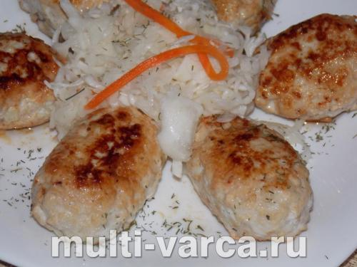 Куриные котлетки с сыром и паприкой