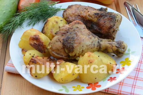 на сколько градусов ставить курицу с картошкой в духовке