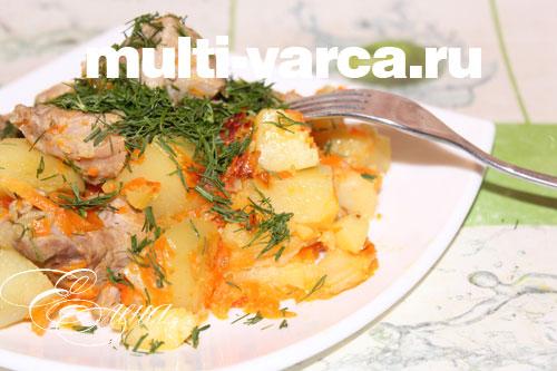Картошка в мультиварке с сардельками