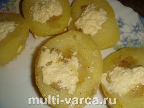 Жульен из шампиньонов в мультиварке в картофеле
