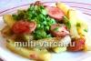 Картошка с сардельками в мультиварке