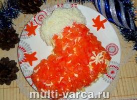 Новогодний салат Сапожок с ветчиной и помидорами