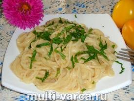 Спагетти в сливочном соусе в мультиварке