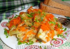 Минтай в мультиварке с морковью и луком