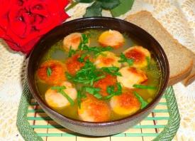 Фасолевый суп с сосисками в мультиварке