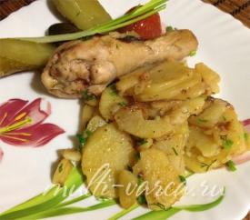 Курица с картошкой по-деревенски в мультиварке