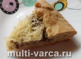 Пирог с грибами и сыром в мультиварке
