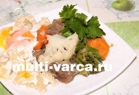 Говядина с замороженными овощами в мультиварке