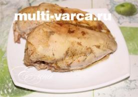 Запеченная сочная куриная грудка в мультиварке