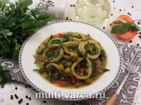 Как вкусно приготовить диетическое блюдо из кальмаров в мультиварке