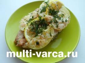 Рыба кета запеченная с картошкой в мультиварке под сыром