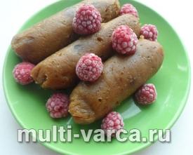 Вкусный десерт из тыквы: сладкие купаты с финиками в мультиварке