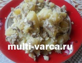 Как приготовить жареные вешенки с картошкой и яйцом в мультиварке