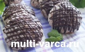 Шоколадное печенье в мультиварке с мятой