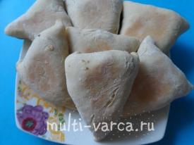 Бездрожжевые пироги с мясом, грибами и яйцом в мультиварке