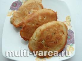 Сырники с яблоками и овсянкой в мультиварке