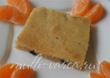 Ванильно-творожный кекс с изюмом