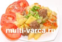 Картошка с фрикадельками в мультиварке Редмонд