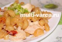 Жареная курица в мультиварке с макаронами