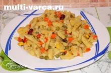 тушеная картошка с овощами в мультиварке