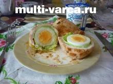 Куриный рулет с яйцом в мультиварке