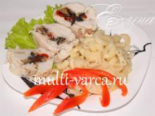 Куриные рулетики из филе с овощной начинкой из болгарского перца и баклажанов в мультиварке на пару