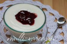 Домашний йогурт в мультиварке из молока