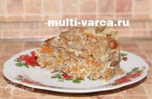 Мясная запеканка с фаршем и рисом в мультиварке