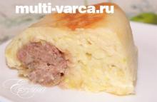Кабачковая запеканка с фаршем и сыром в мультиварке
