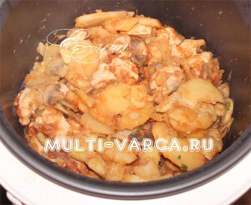 Рецепты в мультиварке картошка с грибами и курицей с пошагово