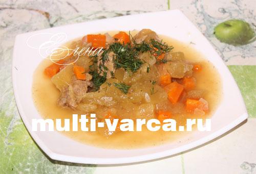 Рагу из овощей с кабачками и фаршем в мультиварке