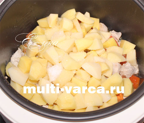 Тушеная индейка с картошкой и овощами в мультиварке. Шаг седьмой