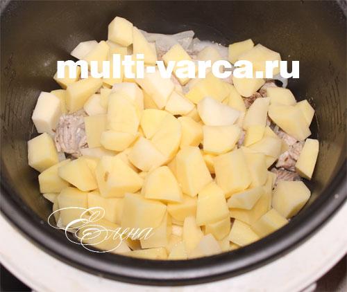 Картофель с кабачками в мультиварке - рецепт с фото на ...