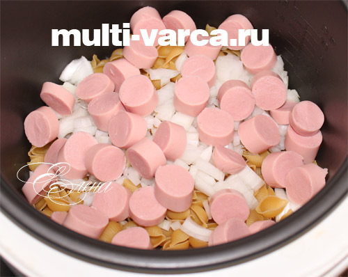 рецепт макарон с сосисками в мультиварке