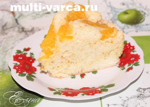 Аппетитная шарлотка с апельсинами легко готовится, особенно если под рукой имеется мультиварка.