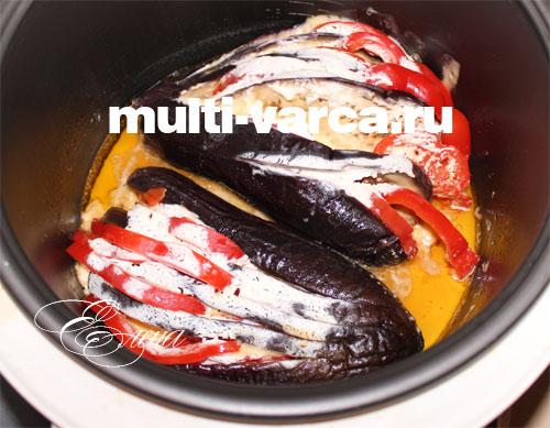 Запеченные веером баклажаны с помидорами и сыром и 15