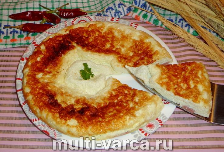 Омлет с колбасой в мультиварке