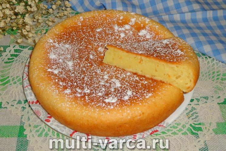 Творожный пирог на кефире в мультиварке