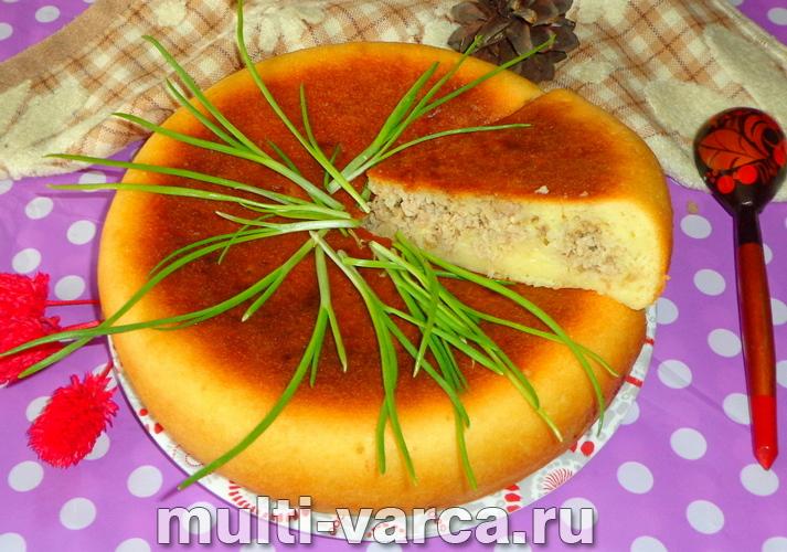 Мясной пирог на кефире в мультиварке