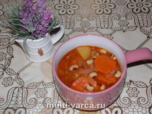 Куриный суп с фасолью в мультиварке