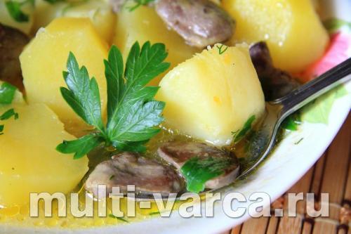Куриные сердечки с картошкой в мультиварке