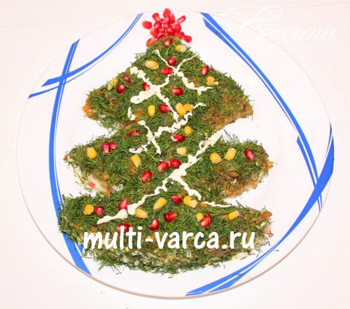 """Вкусный, праздничный салат на Новый год """"Новогодняя елочка"""" с рисом, крабовыми палочками, яйцами и грибами"""