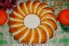 Как приготовить вкусный воздушный бисквитный кекс с начинкой в духовке, пошаговый рецепт с фото