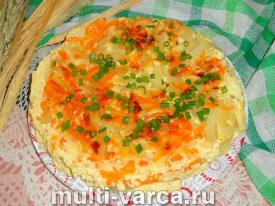Картофельная запеканка с луком и морковью в мультиварке