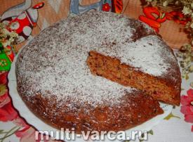 Простой пирог с малиновым вареньем в мультиварке