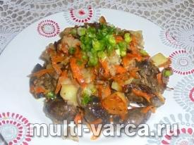 Куриные сердечки с овощами в мультиварке