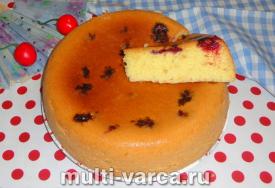 Как приготовить вкусный пышный бисквит с вишней в мультиварке